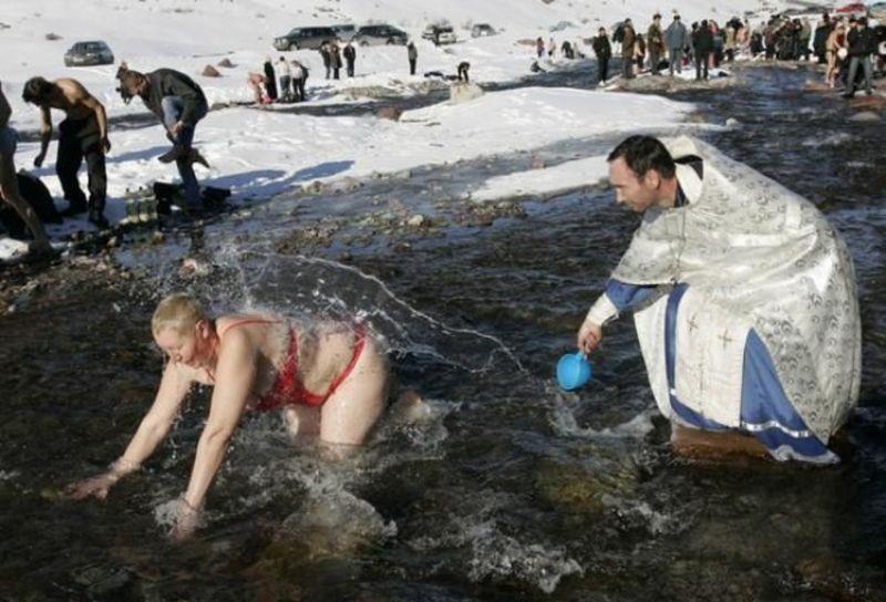 Прикольные картинки с купанием на крещение