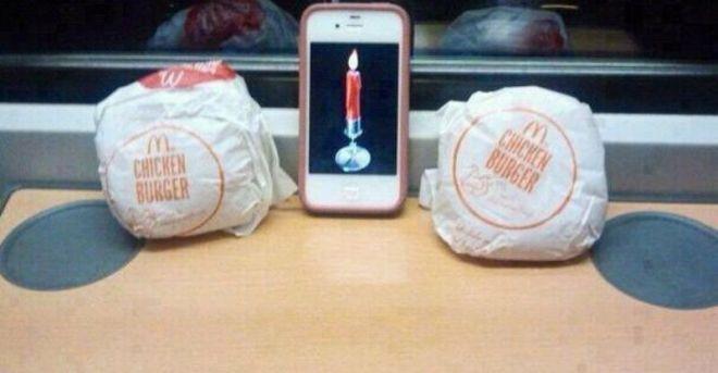 Ну, какой девушке не понравится ужин при свечах