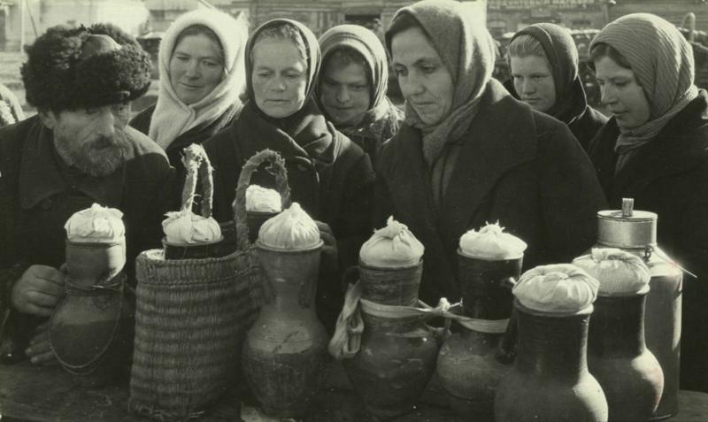 Как это было: фотографии советских магазинов и рынков дефицит в СССР, еда, магазины, очереди, рынки, советская торговля