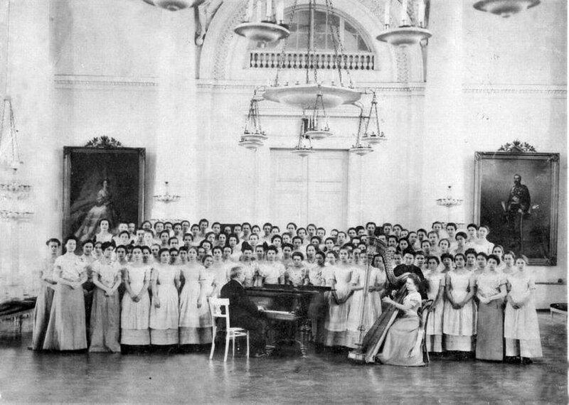 Смольный институт. Урок пения, 1889 год 19 век, жизнь до революции, редкие фотографии, снимки, фотографии, царская россия