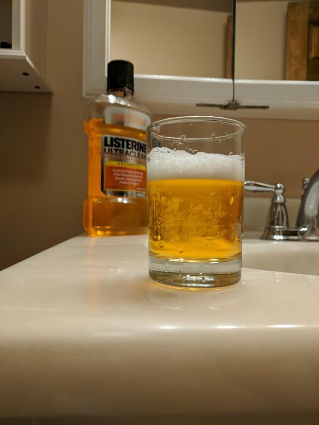 15. Средство для полоскания выглядит, как пиво воображение, иллюзии, интересно, не то чем кажется, показалось, фото