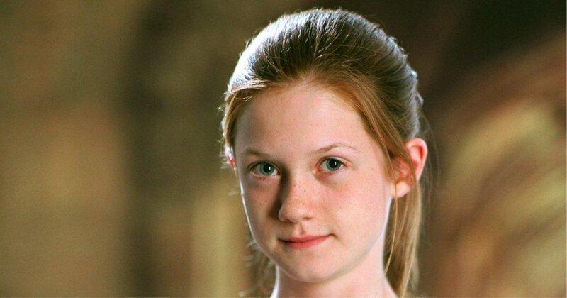"""А девочка созрела: Джинни из """"Гарри Поттера"""" выросла и показала себя в бикини Бонни Райт, Гарри Потер, бикини, интересно, переработка пластика, экология"""