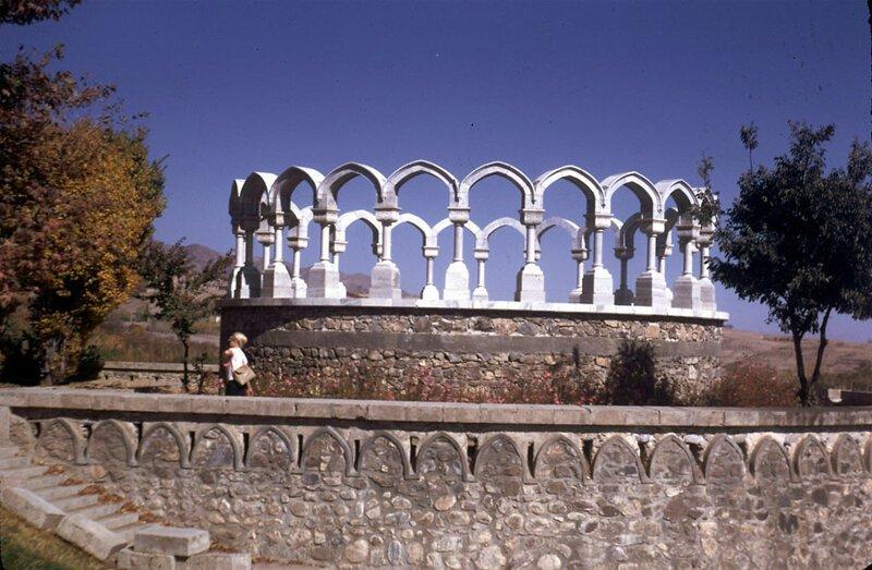 Королевский холм в садах Пагман афганистан, жизнь, кабул, мир, прошлое, фотография, фотомир