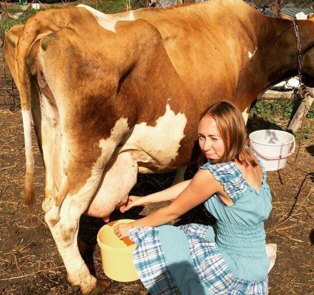 9. Пост в тему: Сельские доярки, у которых есть странички в Instagram деревня, коровы, люди, прикол, провинция, село, трешак, юмор