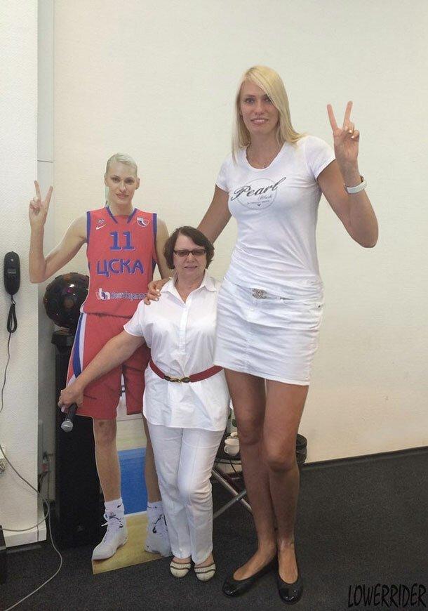 4. Мария Степанова - 203 см великаны, высокие девушки, высокие люди, гиганты, познавательно, самые высокие, самые высокие люди в мире, факты