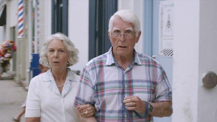 Рекламный ролик, который оценит каждый отец девочки-подростка Отец года, отец и дочка, поддержка, подростки, реклама, рекламный ролик, родители и дети, семья