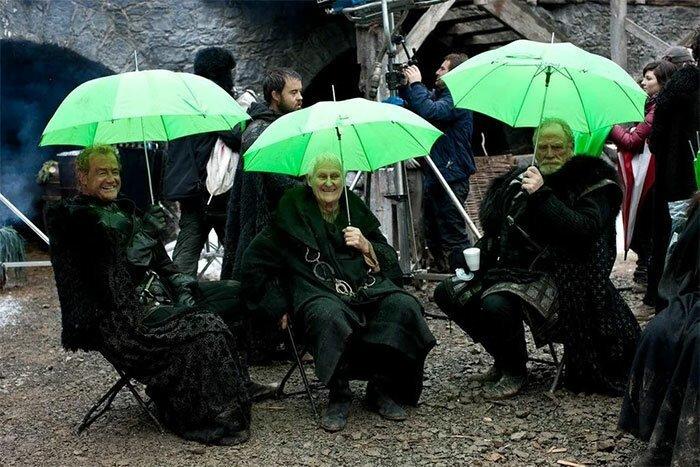 "Ночной дозор под зонтиками ""Игра престолов"", На съемочной площадке, актеры, за кадром, интересно, кино, сериал, съемки"