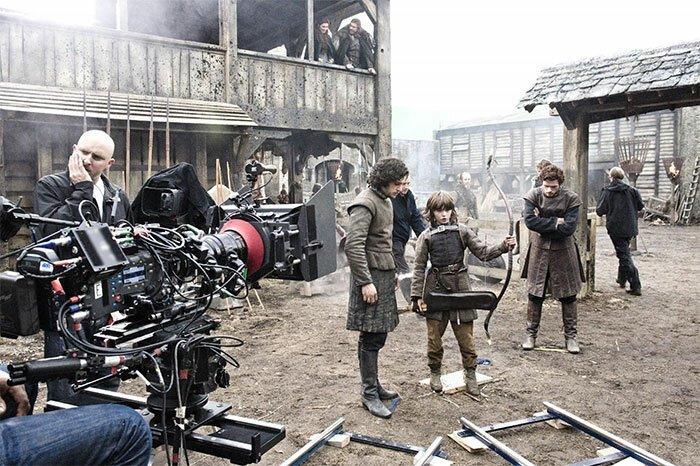 """Настоящий Винтерфелл """"Игра престолов"""", На съемочной площадке, актеры, за кадром, интересно, кино, сериал, съемки"""