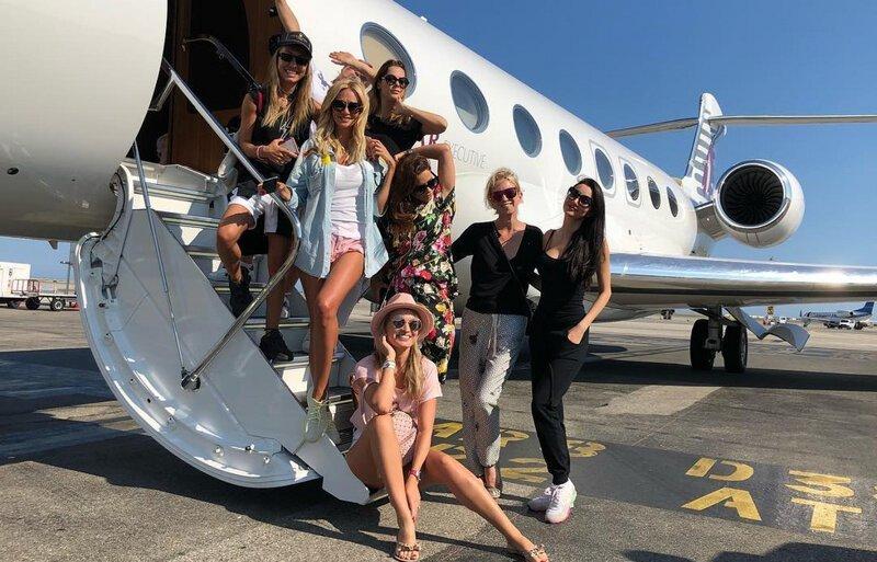 "Но самый запоминающийся полёт — с супругой резидента ""Камеди Клаб"" VIP самолёт, богачи, интересное, самолёт, стюардессы, фото, частный самолёт"