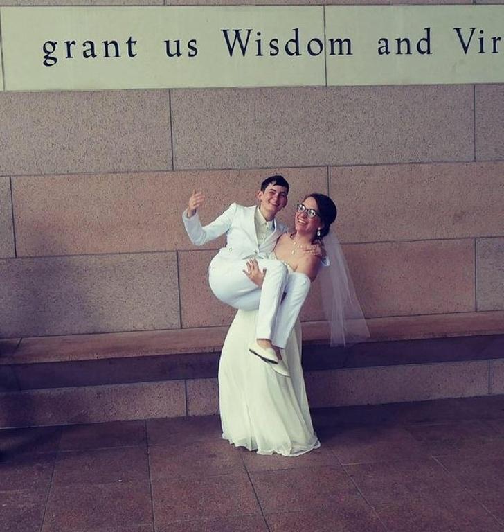 17 фото, которые доказывают, что самые добрые и трогательные поступки люди совершают ради любви