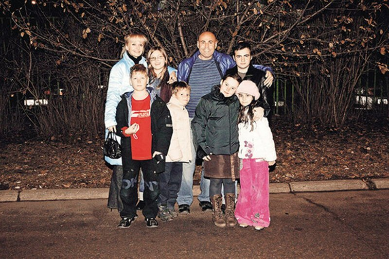 Иосиф Пригожин жена, заботливый, многодетный, отец, появился на свет, семья