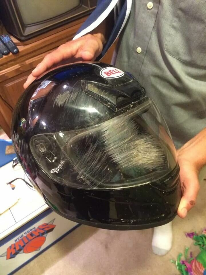 4. Только идиоты не носят шлемы! защита на работе, работа, техника безопасности, фото