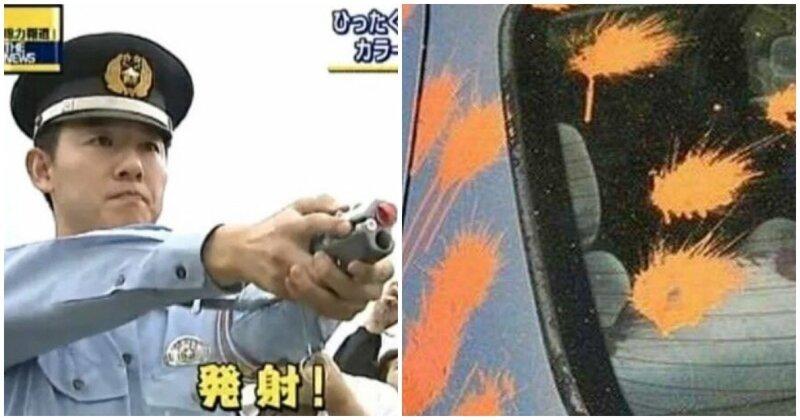 10. Японские полицейские стреляют краской в машины и людей, чтобы идентифицировать их. Так другие полицейские будут знать, кто преступник интересно, любопытно, обо всем на свете, полезно, прикольно, факты, фото