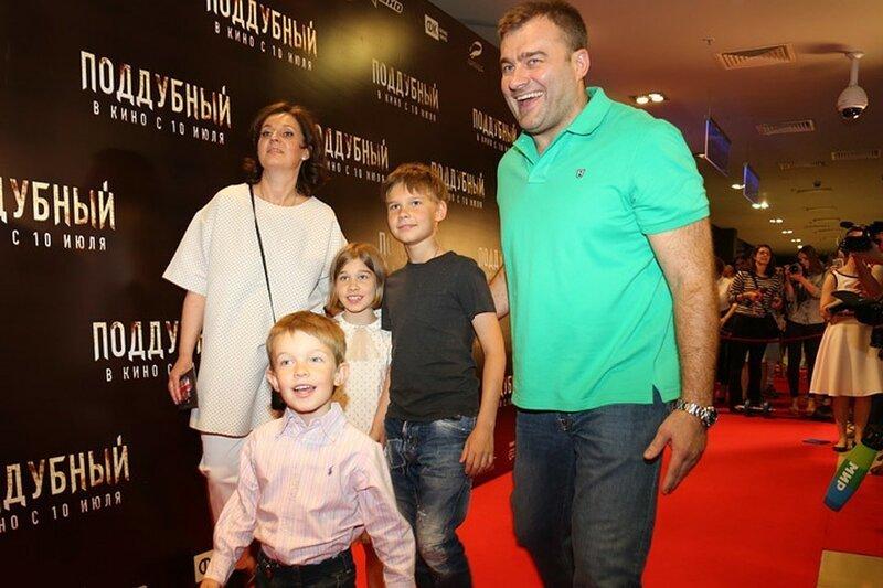 Михаил Пореченков жена, заботливый, многодетный, отец, появился на свет, семья