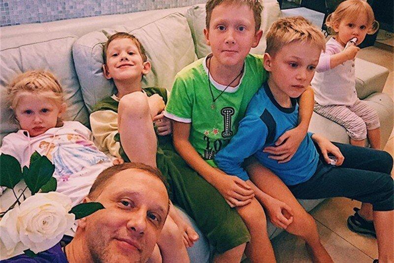 Сергей Горобченко жена, заботливый, многодетный, отец, появился на свет, семья
