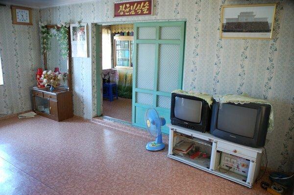 16 реальных фото квартир простых людей в Северной Корее быт, квартиры, северная корея, фото