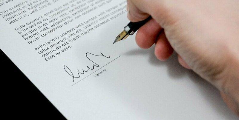 12. Это линия жизни? Подпись, автограф, подпись в паспорте, прикол, роспись, смешно, фото