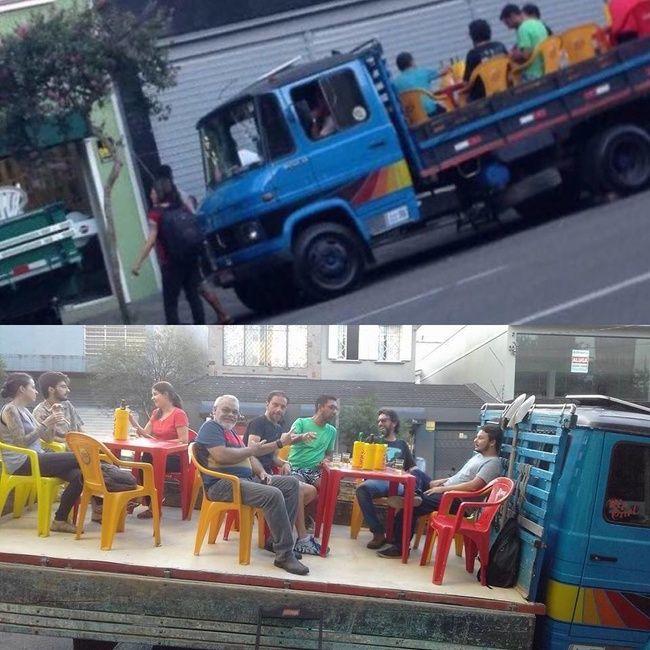 Столики на грузовике