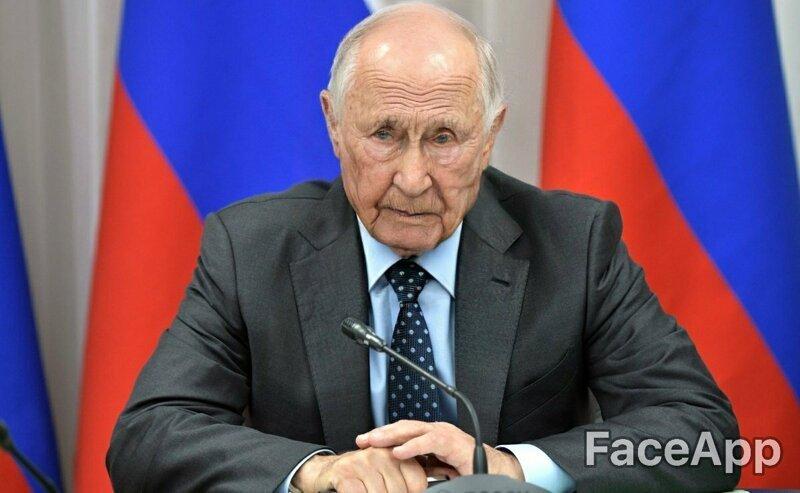 А Владимир Владимирович выглядит очень уставшим. Так ещё бы, столько страной править... веселушка, знаменитости, интересное, приложение, старость, старые люди, фото