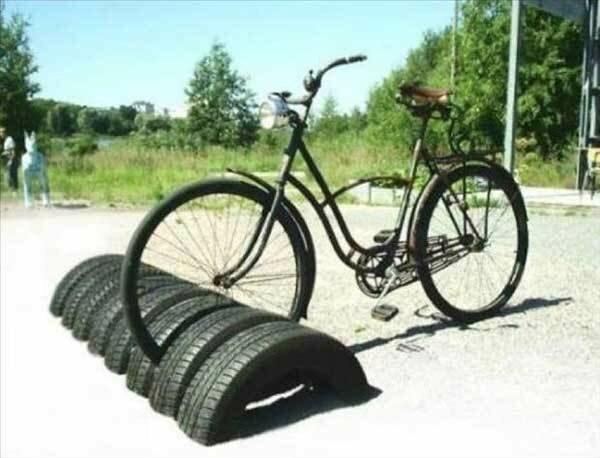 Велопарковка креатив, польза, старые вещи, фото, хозяйство