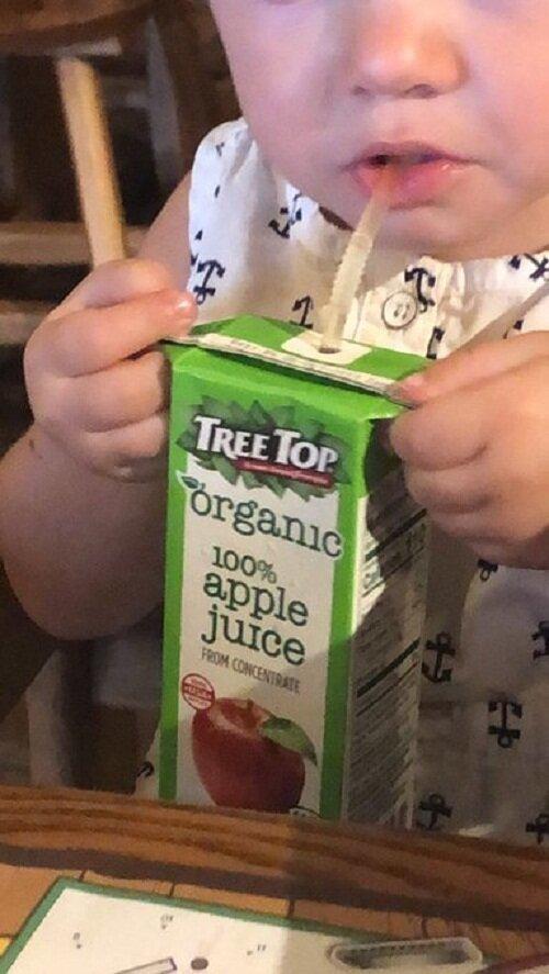 """""""Знаете, зачем нужны """"ушки"""" у пакетиков с соком? Чтобы можно было держать пакет и не давить на него: тогда сок не выплескивается, даже если ребенок держит неаккуратно"""" Вот это ДА, интересно, любопытно, неожиданно, открытия, странные факты, удивительное рядом, факты"""