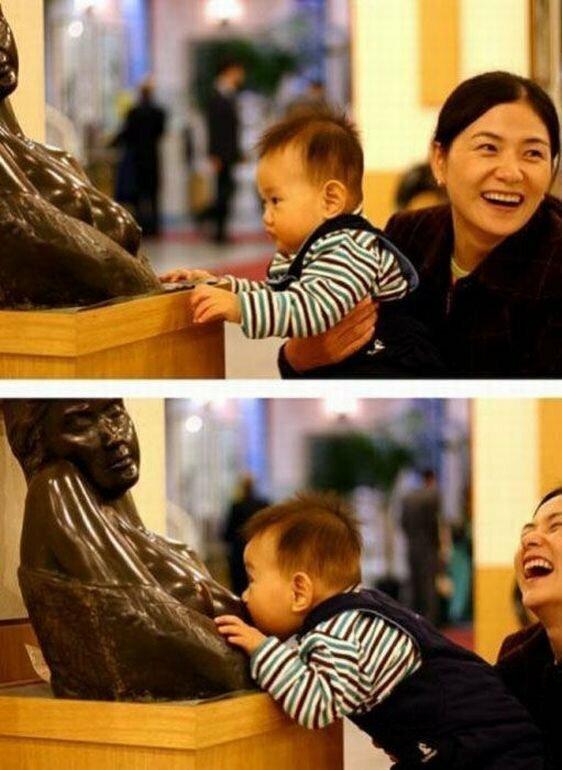 Лучше всех справляются с памятниками детки памятники, прикол, скульптуры, юмор