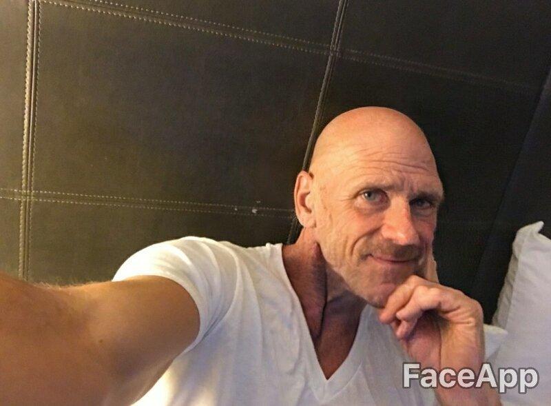 Самый знаменитый лысый красавчик так и остался лысым красавчиком веселушка, знаменитости, интересное, приложение, старость, старые люди, фото