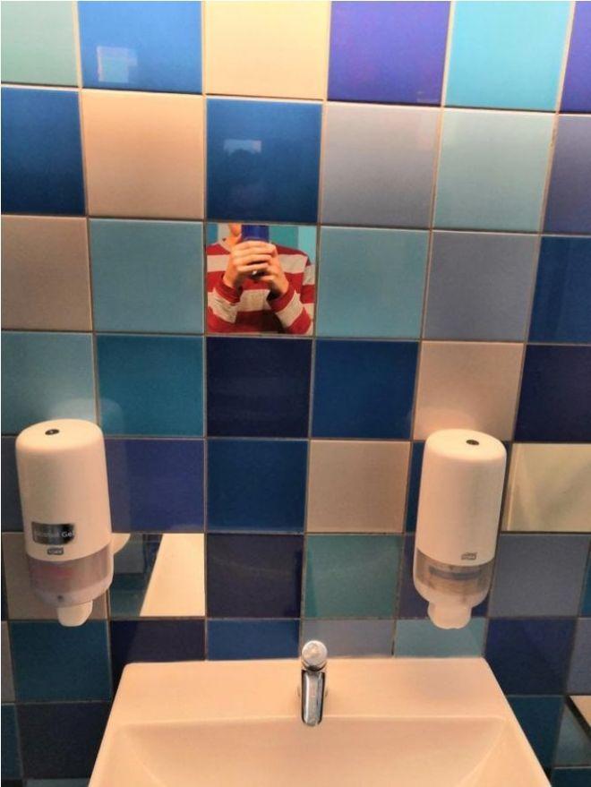 9. Сразу видно, что это школьный туалет
