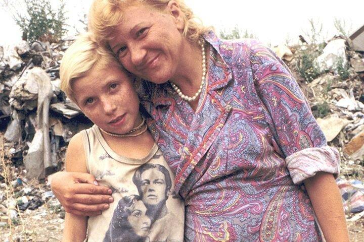 """5. Майка с """"Титаником"""" - мечта любой девочки СССР, лихие 90-е, ностальгия, фото СССР, фото их прошлого"""