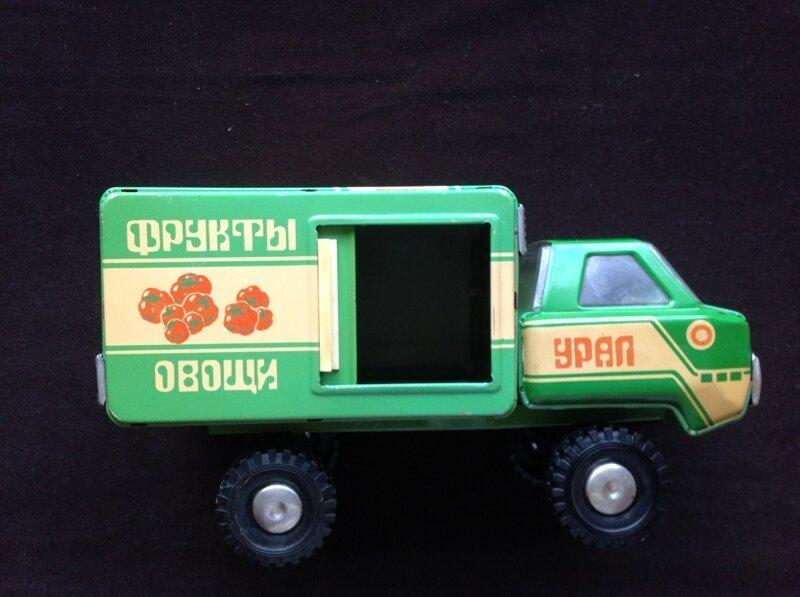 Советские игрушки, которые готовили будущих работников страны