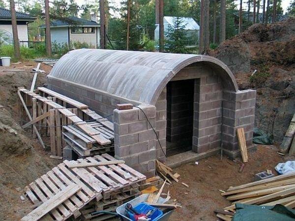 11. Можно устроить даже отдельный кабинет в новой постройке дача, дачники, погреб, подвал, своими руками, стройка, фото, хранение