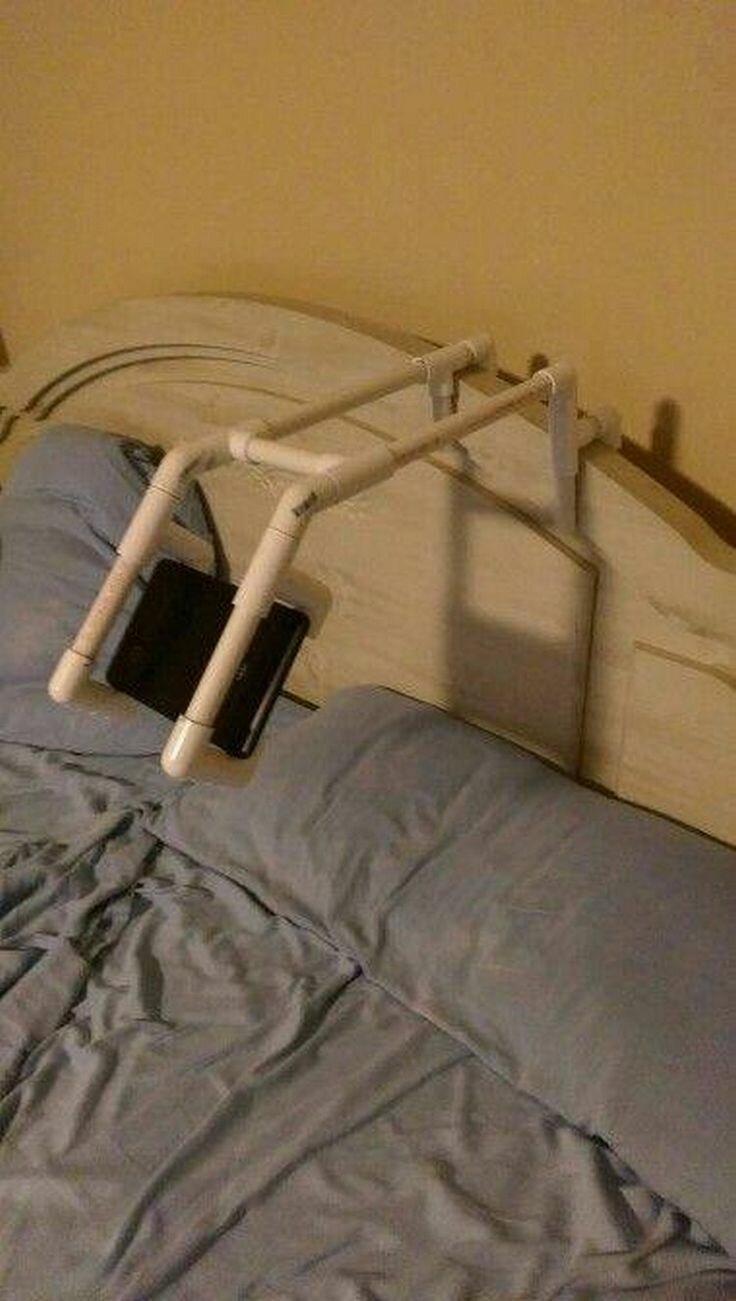 Подставка для смартфона ПВХ-изыски, изобретательность, пвх, пвх-трубы, подборка, прикол, юмор