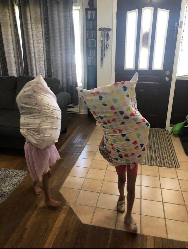 17 забавных фотографий, наполненных настроением детства при решении поставленных задач