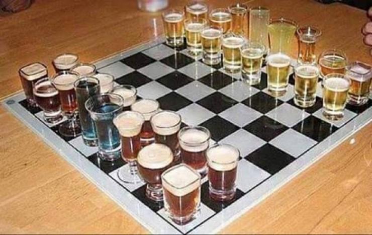 Bilderesultat for marble chess set